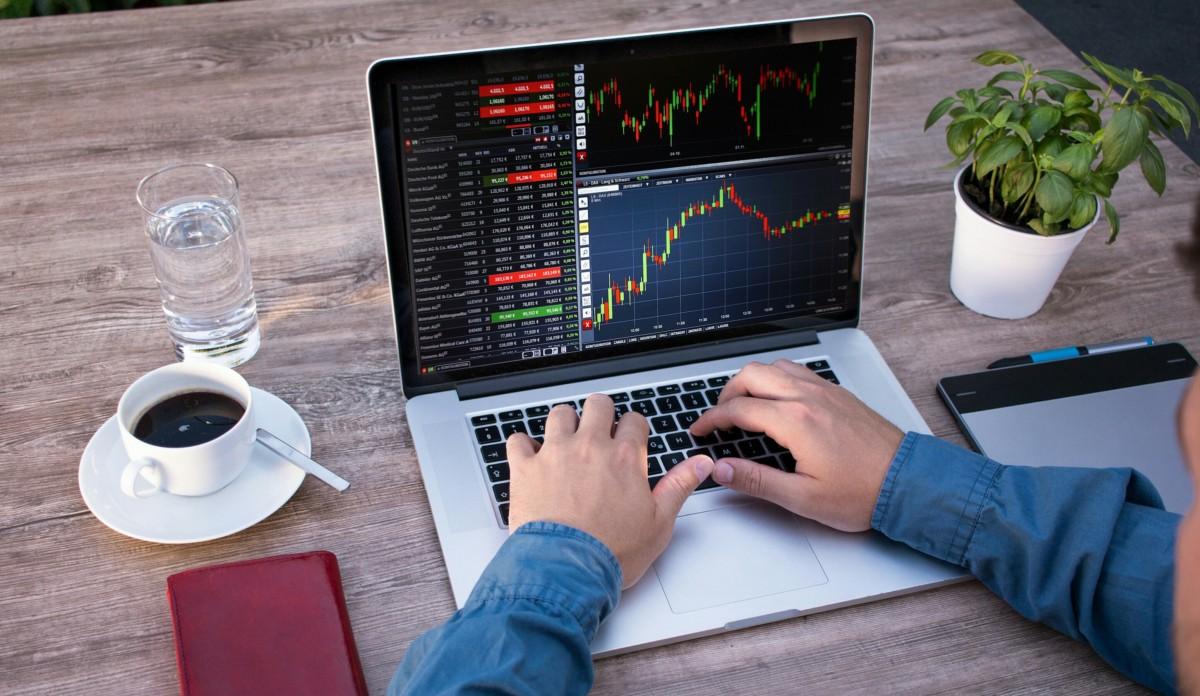 Laptop Trading